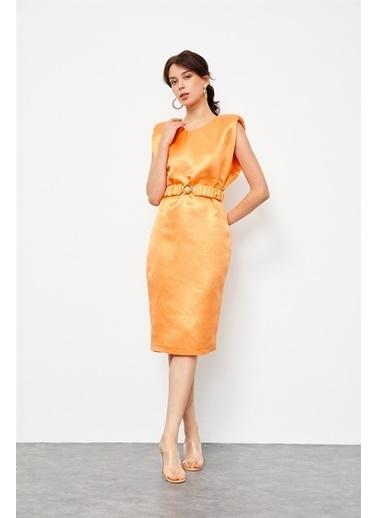 Setre Güneş Turuncusu Keten Rayon Kemerli Parlak Elbise Oranj
